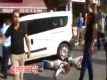 Taksim'de spatulalı saldırgan dehşeti  online video izle