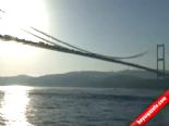 Boğaziçi Köprüsü'ndeki intihar trafiği felç etti Haberi online video izle