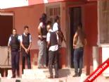 Evinde Ateş Açan Şahsa Özel Harekatçılar Operasyon Düzenledi online video izle