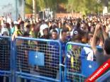 Derbi öncesi yaşanan arbedede 2 taraftar yaralandı online video izle