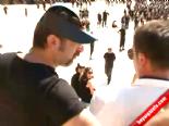 Beyaz TV muhabiri Gencay Ünal'a Anıtkabir'de çirkin saldırı