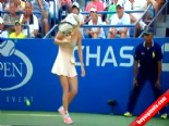 Caroline Wozniacki'nin başına öyle birşey geldi ki