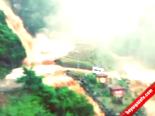 Rize'de Ağaran Şelalesi Böyle Taştı  online video izle