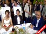 Düğünde Gelinin Esprisi Şok Etti online video izle