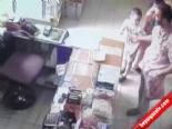Sadaka kutusu çalarken böyle yakalandı İzle online video izle