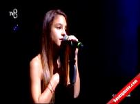 O Ses Türkiye Çocuklar'da Bade Karakoç'un final performansı