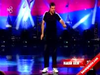 Yetenek Sizsiniz Türkiye – Hakan Akın Break Dans Gösterisi - İzle
