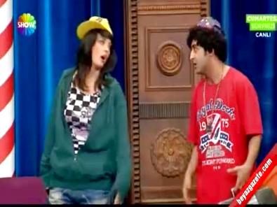 Güldür Güldür Show - Bilal ile Yeter'den Rap Atışması!