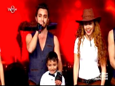 Yetenek Sizsiniz Türkiye - İzmir Flashmob'un 2.Tur Dans Performansı İzle