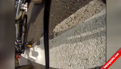 Yola aniden çıktı bisikletliye çarptı