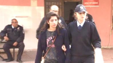 Kız Öğrencilerinin Facebook Üzerinden 'Kaşar' Kavgası Kanlı Bitti!