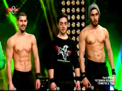 Yetenek Sizsiniz Türkiye - Beylikdüzü Workout Grubu Güç Gösterisi 2. Tur Performansı
