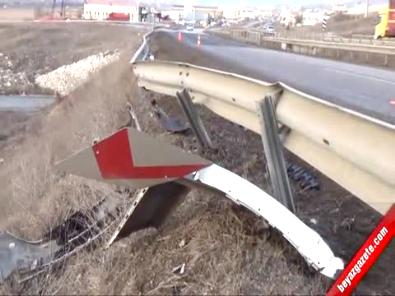 Ankara Kızılcahamam Yolu Kazan Akıncı Kavşağın'da Kaza: 4 Yaralı