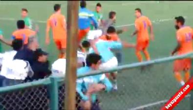 fenerbahce - Defnespor - İskenderunspor 1967 maçında kavga