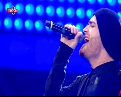 O Ses Türkiye'de Finale Kalan Elnur Hüseynov Vur Yüreğim Şarkısı