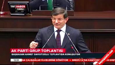 Davutoğlu'nun konuşması tekbir sesleri ile kesildi