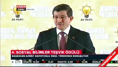 Başbakan Davutoğlu'ndan Kılıçdaroğlu ve Demirtaş'a sert tepki