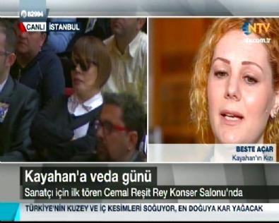 Kayahan'ın Kızı Cenaze Töreninde Konuştu