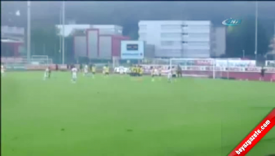 barcelona - Barcelona'nın eski yıldızı Xavi yeni takımında ilk golünü attı