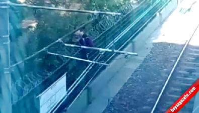 Metro raylarında tehlikeli anlar kamerada