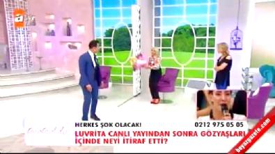 Esra Erol'da Gizem elindeki çiçeği Erkan'ın kafasına fırlattı