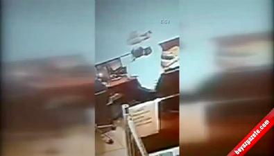 Canlı bombanın otogardaki yeni görüntüleri ortaya çıktı Video