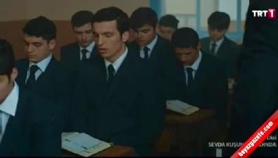 Erdoğan ve Erbakan sahneleri Türkiye'yi ekrana kitledi! Video