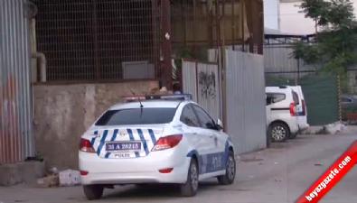 İzmir'de sokak ortasında çatışma: 1 ölü, 2 yaralı Haberi