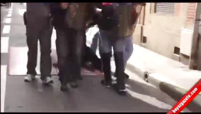 Fransız polisinden sert müdahale