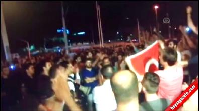 Darbe girşiminin gerçekleştiği gece Taksim'de yaşananlar