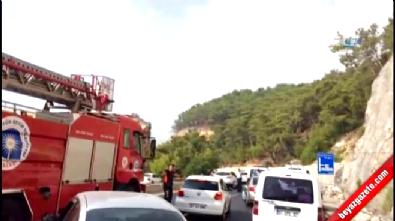 Antalya Kemer'de askeri araca saldırı: 2 yaralı İzle