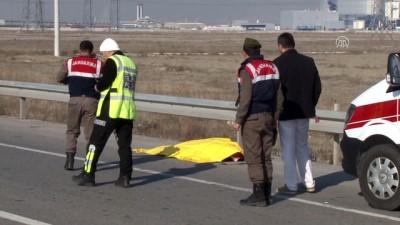 Konya'da otomobilin çarptığı yaya öldü İzle