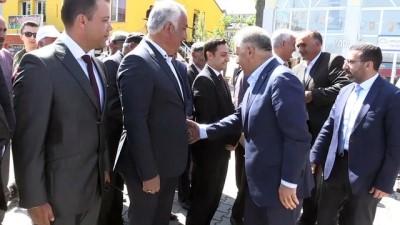 Bakan Arslan: 'Bize laf değil, devlet başkanı lazım' - KARS