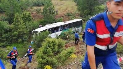 Bursa'da otobüs devrildi: 2 ölü, 25 yaralı