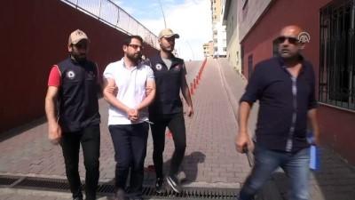 FETÖ'nün 'asker imamı' hücre evinde yakalandı - KAYSERİ