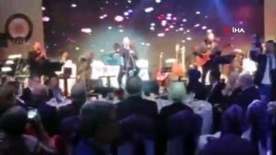 Rubato, Mehmet Erdem ve Muazzez Ersoy Tekirdağ'da konser verdi