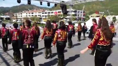 Uluslararası Marmaris Halk Dansları Festivali başladı