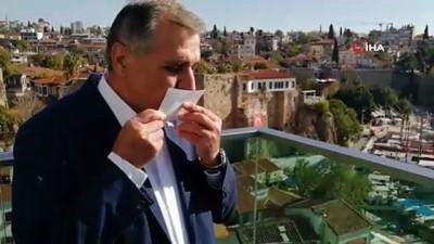 Ünlü teknik direktör Bülent Uygun, müzik klibinde rol aldı